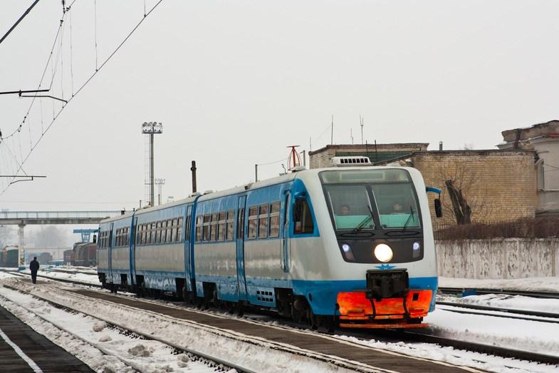 24-летней девушке дверьми зажало руку в электричке Москва – Калуга
