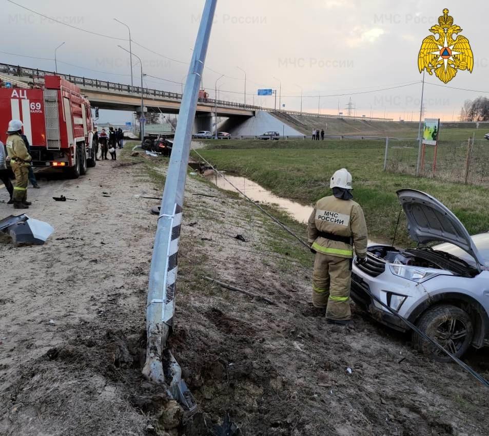 Водитель Ауди Q7  сбежал с места аварии
