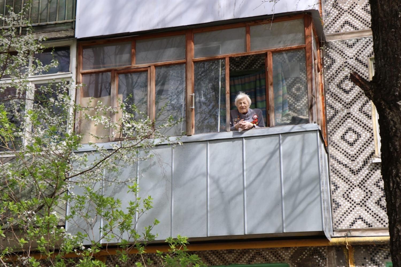 В Калуге росгвардейцы устроили парады под окнами ветеранов