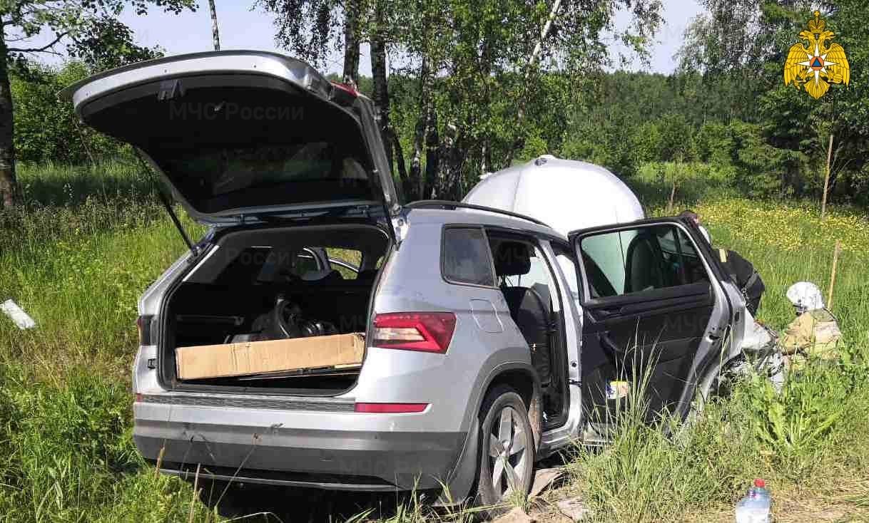 Мужчина и его беременная жена погибли в ДТП под Кондрово