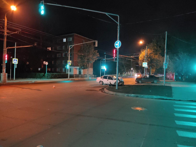 Невиновный водитель скрылся с места ДТП на Салтыкова-Щедрина